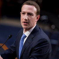 Акционерам Facebook не удалось ограничить власть Цукерберга
